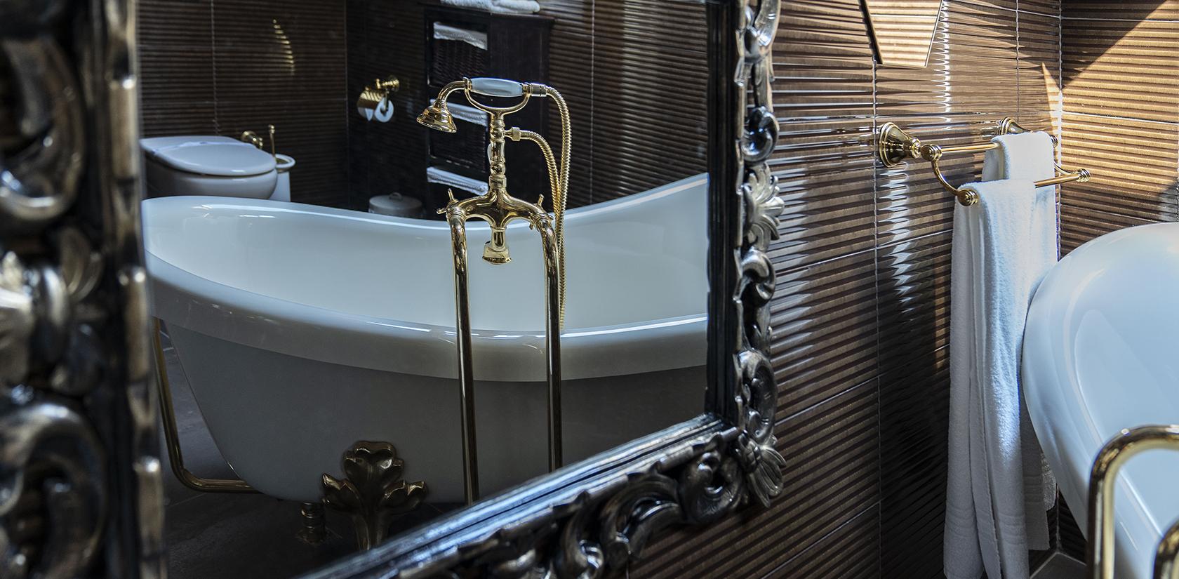 Habitación Malveiras, detalle del baño, bañera exenta